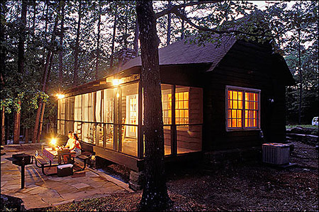 1000 images about a home in the woods on pinterest for Honeymoon cabins in arkansas