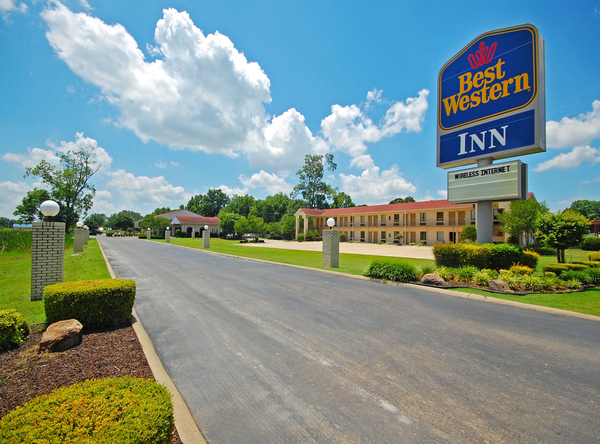 Best Western Inn - West Helena